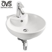 Bassin en céramique d'urine adapté aux besoins du client de différents styles pour la toilette