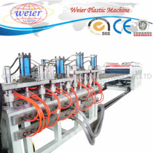 Chaîne de production de machine d'extrudeuse en plastique de panneau de mousse de Skinning