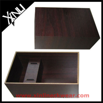 Brown Wooden Necktie Box