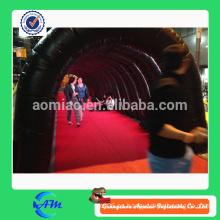 El túnel inflable largo inflable adulto embroma el túnel del juguete para la venta con los diseños modificados para requisitos particulares