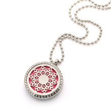 Flower diffusing necklace pendant
