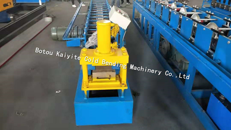 rolling shutter bottom plate machine