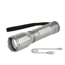 Zoomable Long Distance Led Torch Light