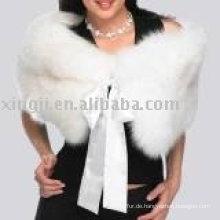 Mode-Damen, die weißen Fox-Pelz-Umhang Wedding sind