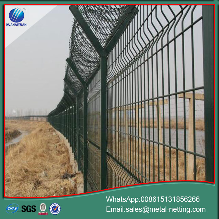 airport wire fence