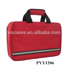 saco de emergência de tamanhos pequenos com multi bolsos dentro