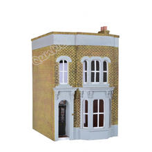 China Gold Supplier for Quality Resin Poly Dollhouse 1/12 scale Vintage style Resin dollhouse supply to South Korea Factory