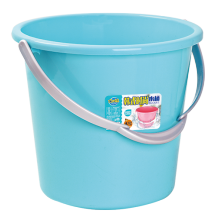 9536 Portable plastic buckets