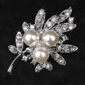new rhodium plated vintage pearl rhinestone flower brooches for women high quality party brooches new design