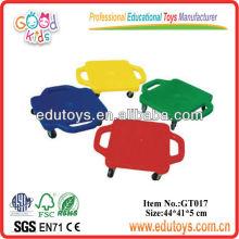 Plats coulissants pour enfants en plastique