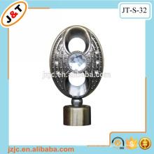 Flexibler doppelter Metallvorhangstab mit Diamantvorhang finial