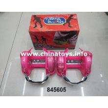 Мигающий роликовый конь на автомобильных скейтбудах (845605)