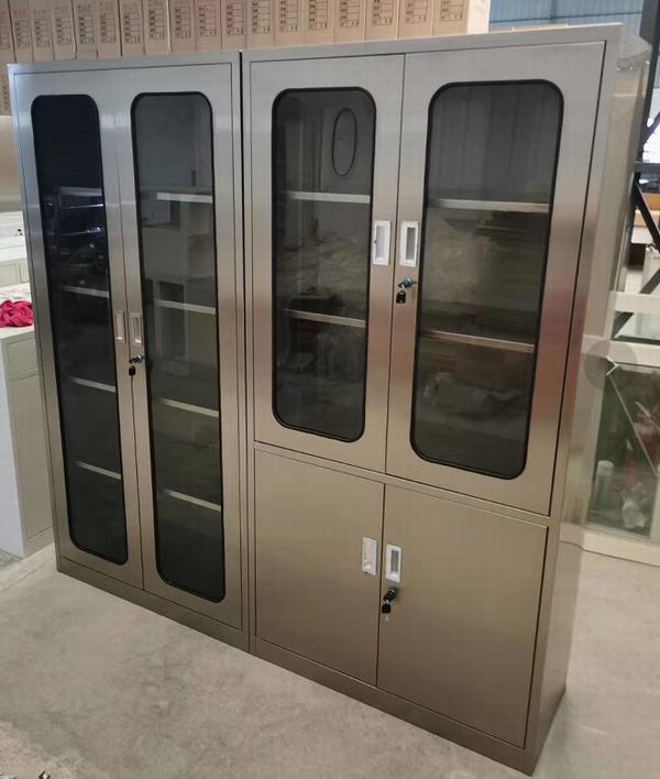 Clean room lockers for sale