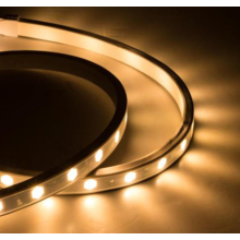 Energy-saving LED wall washer for indoor use