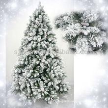 Ramo de neve de árvore de Natal nevado 2013