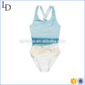 El bikini de una sola pieza modificado para requisitos particulares de los cabritos embroma el desgaste lindo de la playa