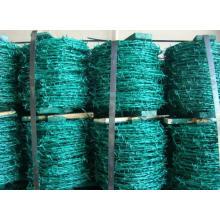 PVC und verzinkter Stacheldraht