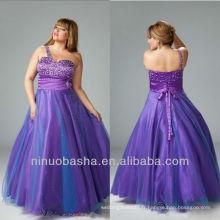 Purple A Line perlé d'une épaule rez-de-longueur robe de soirée / plus taille perlée broche robe de bal