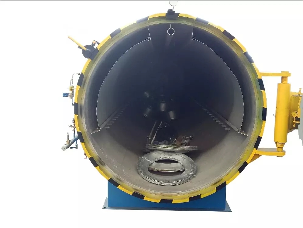 Composite Autoclave with High Pressure