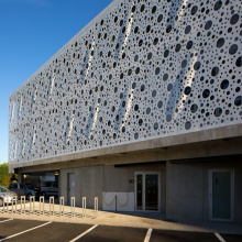 Decorative Aluminum Perforated Curtain Wall Cladding
