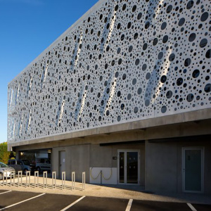 Dekoratif Aluminium Perforated Curtain Wall Cladding