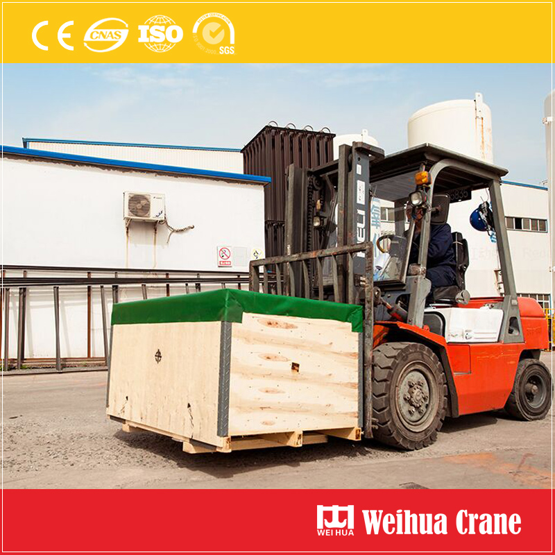 wooden-case-packing-loading