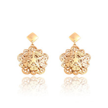 91281 xuping exquisite pattern design fashion 18k gold color stainless steel drop earrings