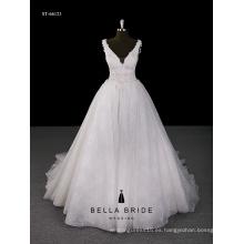 2017 la venta directa de la fábrica de la fábrica el último vestido de bola del neckline de V appliqued el vestido de la decoración de la flor