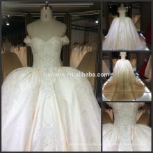 Вышитые кружева рукавов свадебное платье невесты реальный образец тяжелый бисером собор поезд королевский свадебное платье 2016