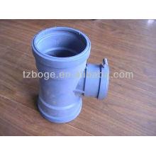 PVC tuyau de drainage d'eau raccord moulage par injection