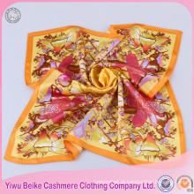 Moda 100% seda tecido pescoço pescoço senhoras para pintura com boa oferta