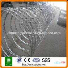 200g / m2 Caliente Dipped galvanizado alambre de la maquinilla de afeitar del Concertina