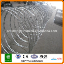 200g / m2 Hot Dipped Galvanizado Corda Wire Razor
