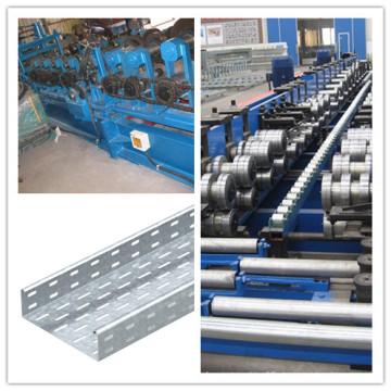 A fábrica fornece diretamente o rolo da bandeja de cabo que forma a máquina