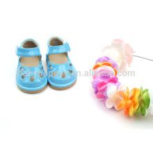 Kinder PU quietschende Schuhe billig Baby Mädchen Kleinkind Sandalen Schuhe