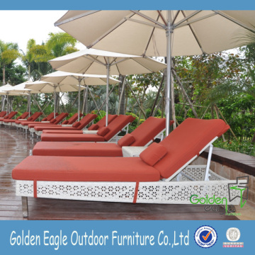 Outdoor Living Pool Seite Rattan Chaise Lounge