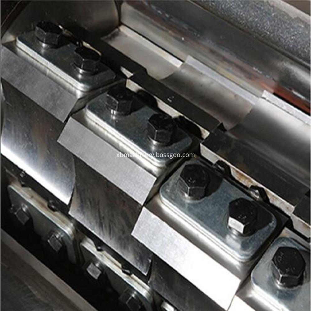 Tool steel refining step turning tool,