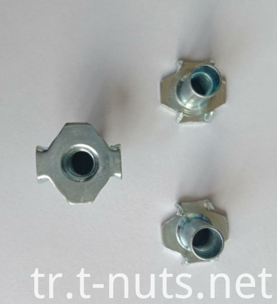 4 Prongs Zinc Plating Furniture use T-Nuts