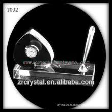 Magnifique horloge en cristal K9 T092