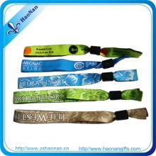 Colorful Promotional Wristband Woven Fabric Bracelet Black Plastic Lock