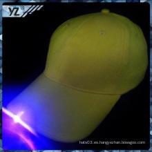 Plástico clásico personalizado sombrero MOQ LED 50PCS