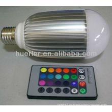 Oferta del fabricante con el CE RoHS 100-240v 10w e27 llevó la luz de bulbo del rgb