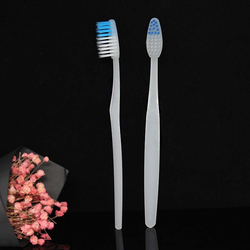 Hotel toothbrush1