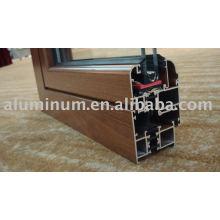 Perfil de extrusão de alumínio