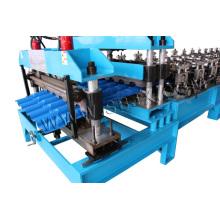 Meio rolo redondo da telha que forma a máquina