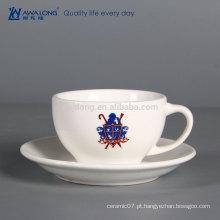 Barato xícara de café de cerâmica feitos por atacado osso china chá xícara de chá de porcelana Chá e Sausers seu próprio logotipo