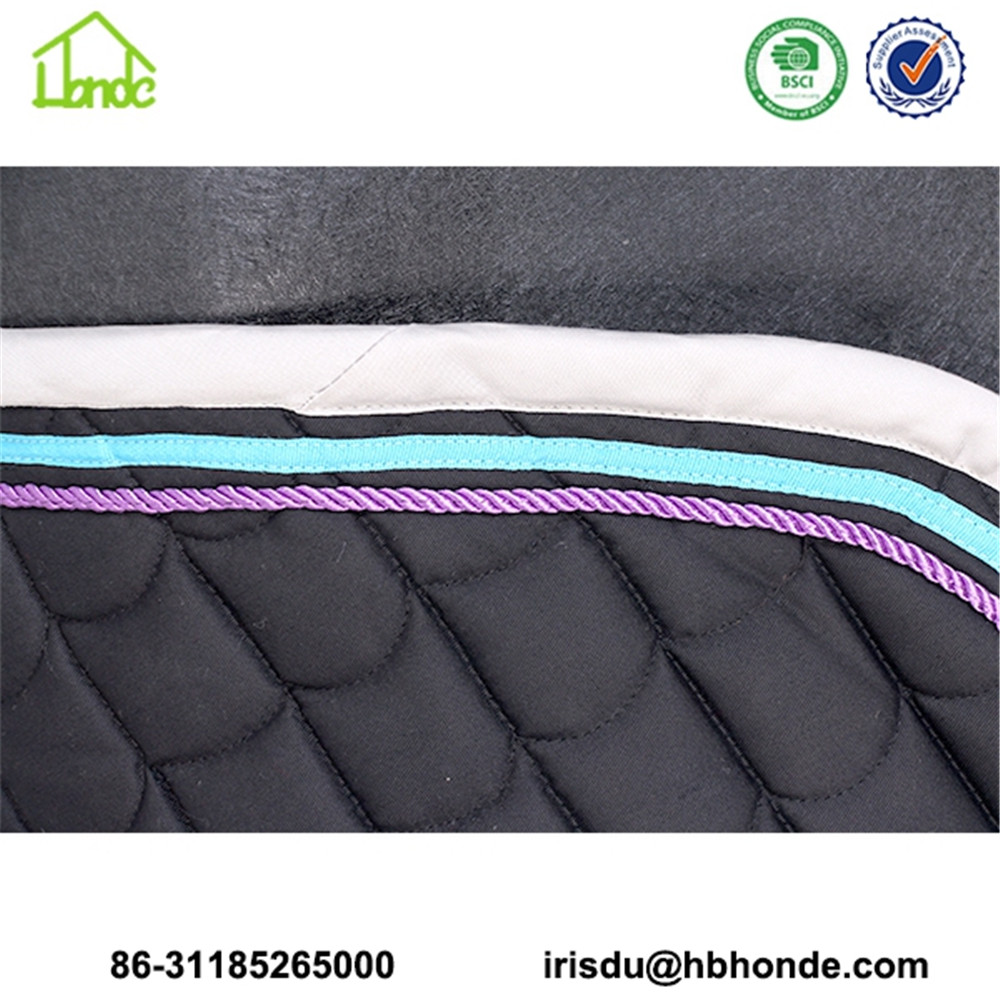 saddle pad bordure