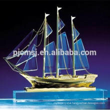 high quality crystal ship model with gold decorative for souvenir and gifts