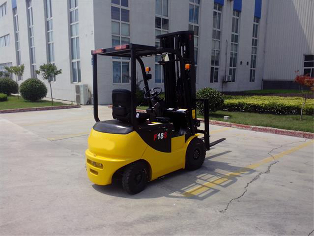 battery forklift maintenance