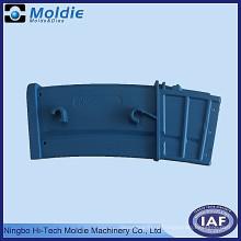 Синий пластиковый продукт для литья под давлением